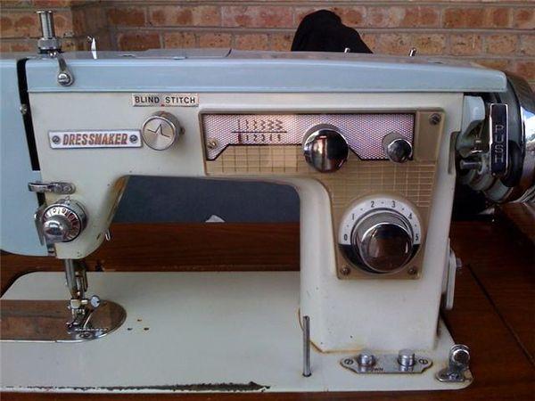 Help Identifying A Dressmaker Best Dressmaker Sewing Machine