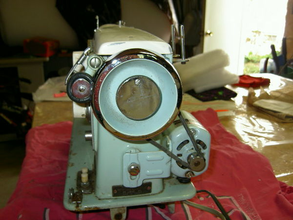 For Lostn40Dressmaker Sewing Machine Gorgeous How To Thread The Bobbin On A Dressmaker Sewing Machine