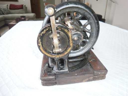 tailor sewing machine model 834