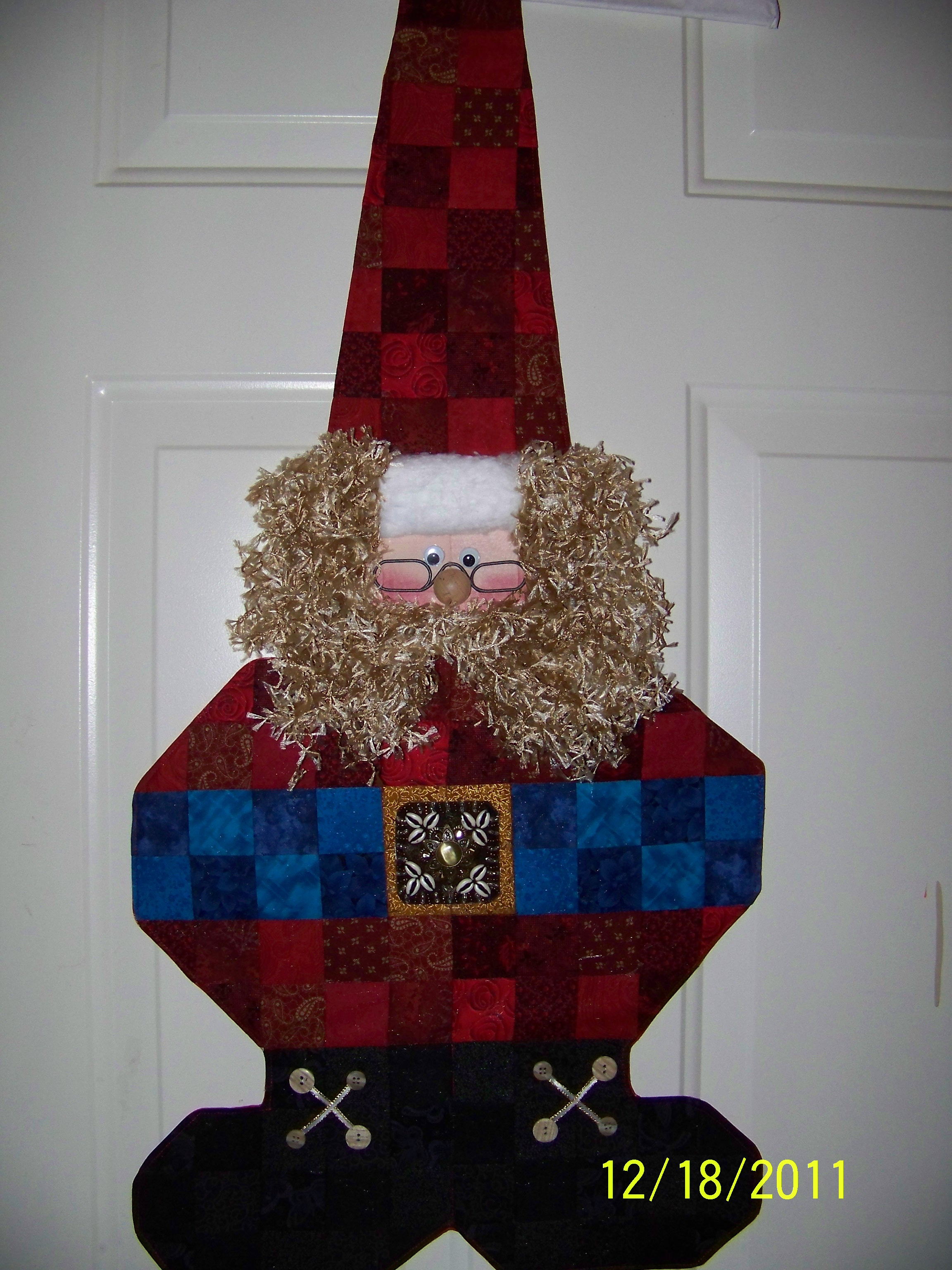 Name:  hanging santa.JPG