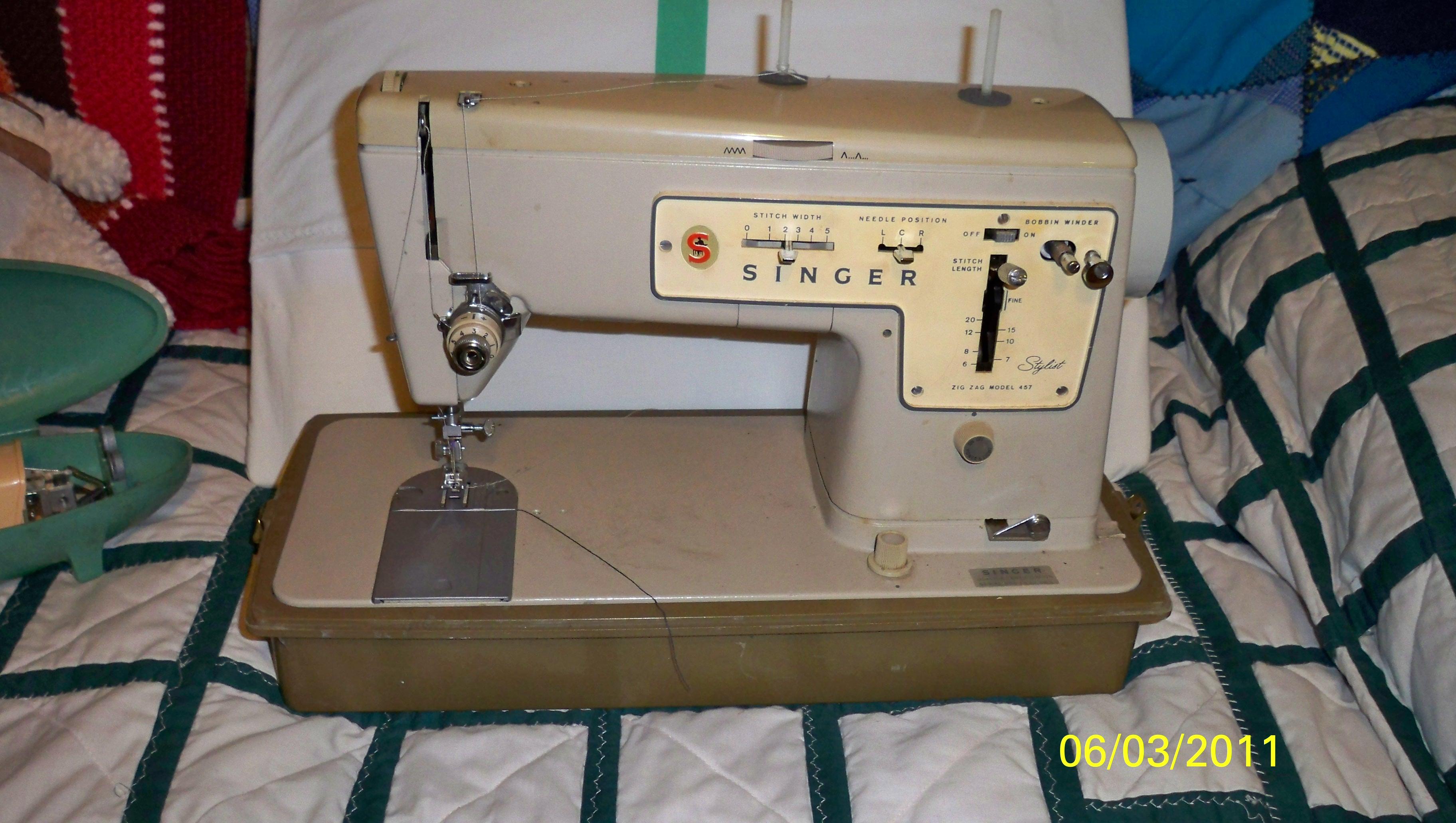Singer 457 sewing machine instruction manual.