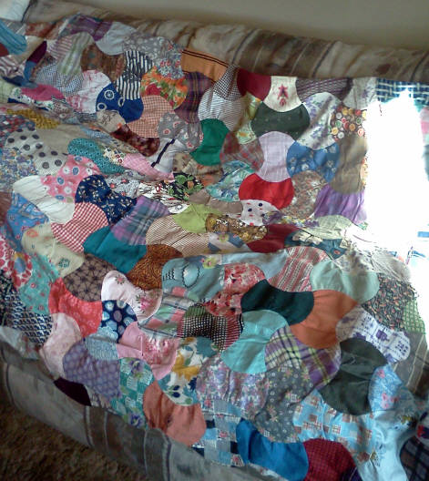Name:  Apple core quilt.jpg