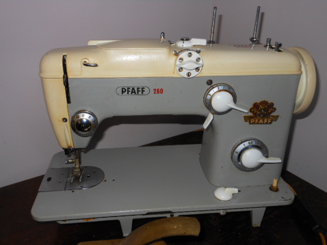 Name:  Pfaff 260 007.JPG