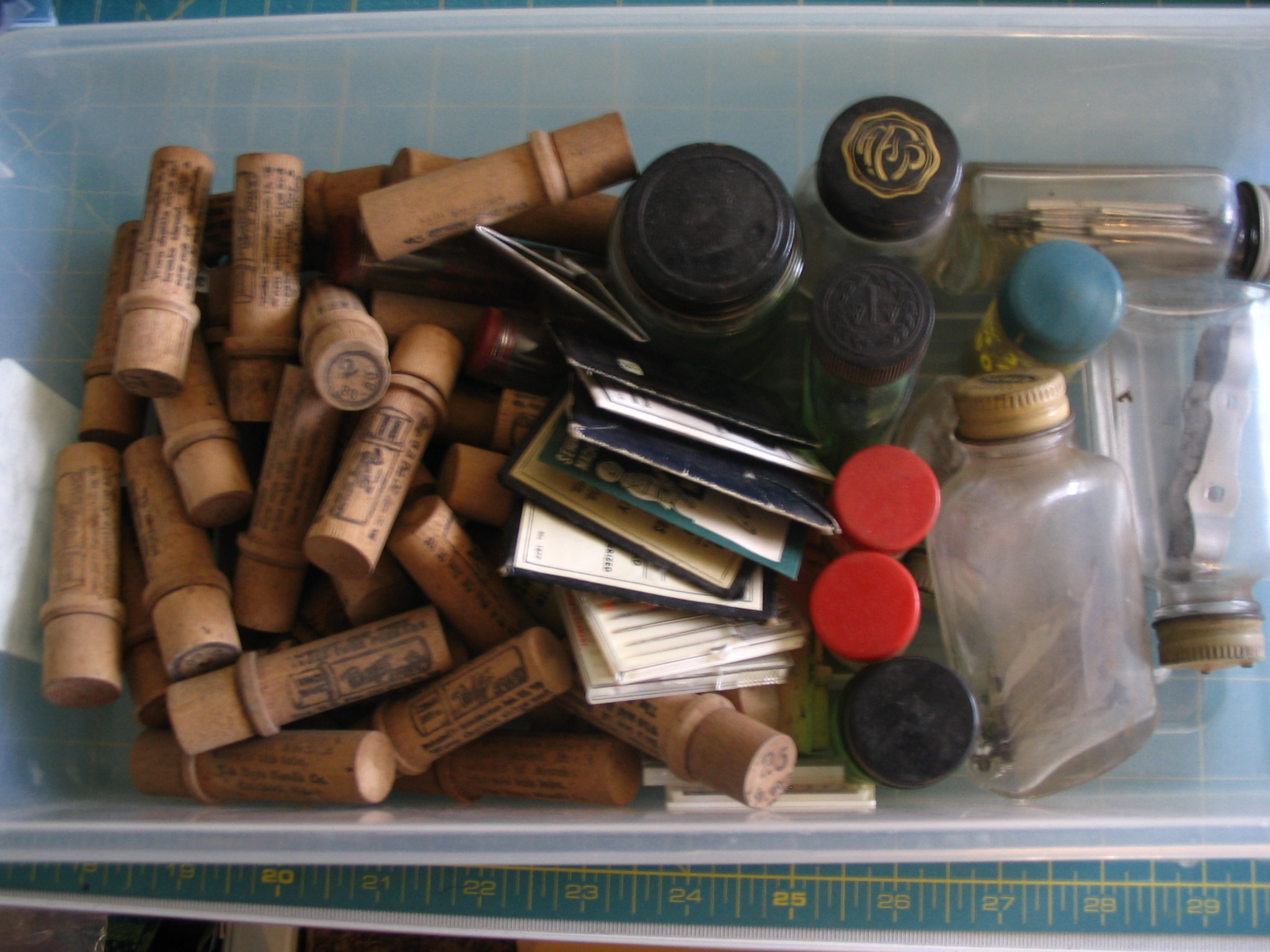 Name:  notion box of vintage needles and machine parts.JPG