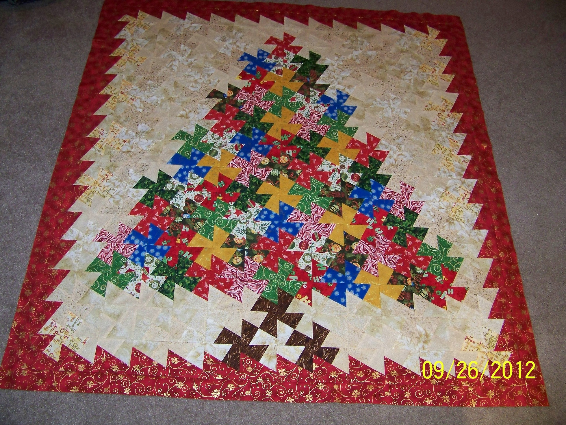 Name:  Twister Xmastree.JPG