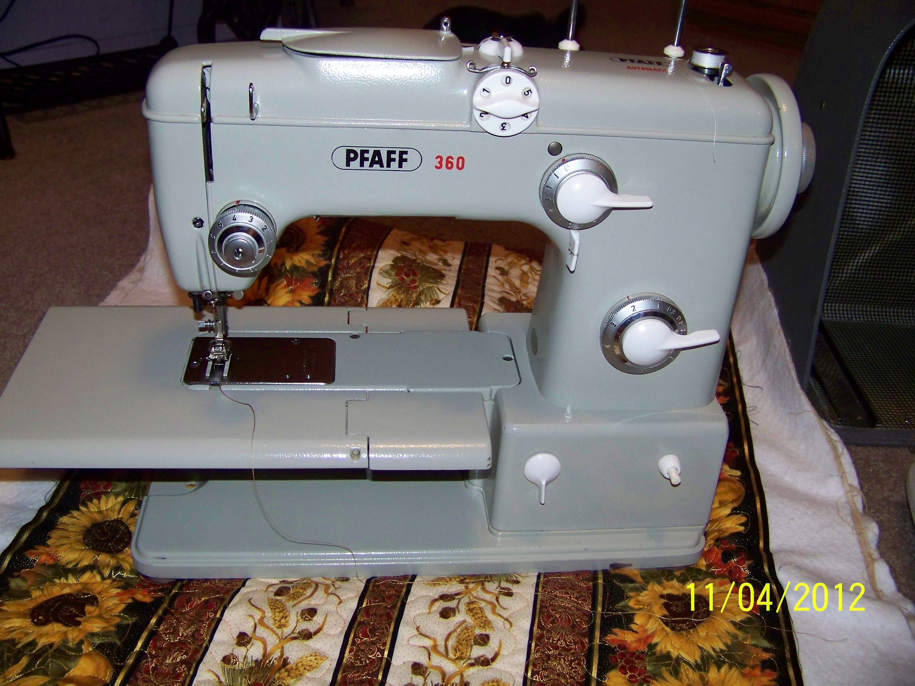 Name:  Pfaff 360.JPG