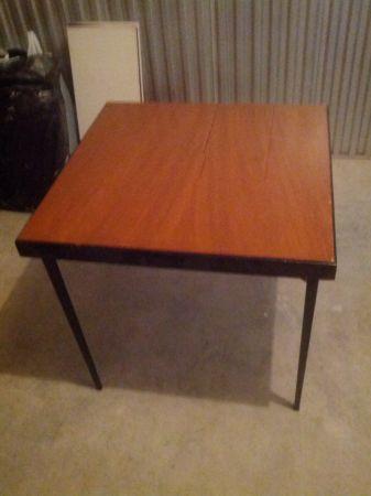 Name:  table.jpg Views: 960 Size:  16.2 KB
