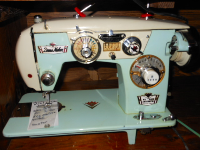 Vintage Japanese 'Badged' Sewing Machine With Fancy Stitches Page 40 Inspiration Brother Japan Sewing Machine