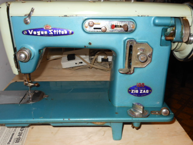 Vintage Japanese 'Badged' Zig Zag And Straight Sew Sewing Machines New Vogue Stitch Sewing Machine Manual