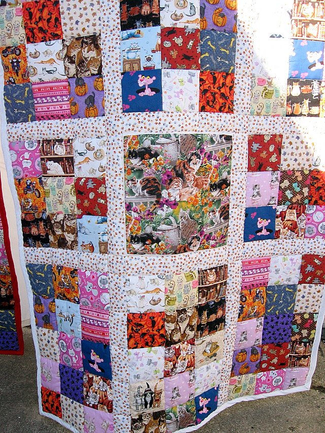 Name:  Aunt D quilt finished.JPG