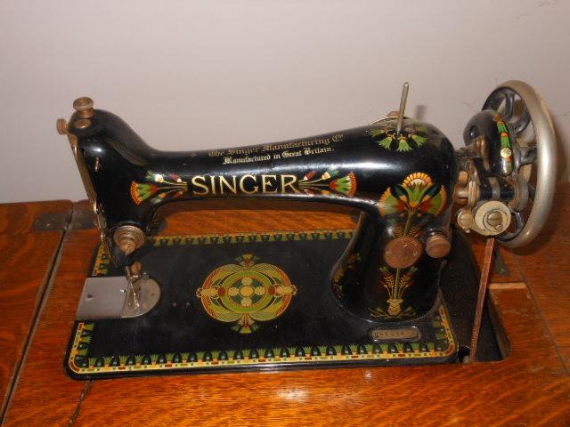 Name:  Singer 66 lotus 019.JPG Views: 365 Size:  130.8 KB