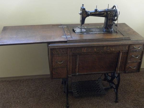 Damascus Grand RotaryNeed Info Awesome Damascus Sewing Machine