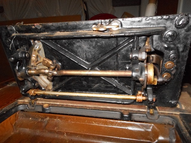 Name:  Bruce Treadle Machine 1 013.JPG