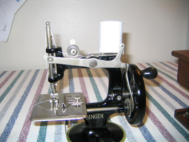 Name:  miniature toy machine 004.JPG Views: 365 Size:  59.7 KB