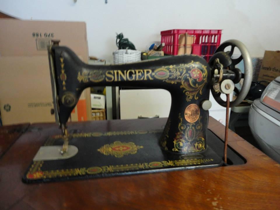 Name:  Singer red eye sewing machine.jpg Views: 946 Size:  57.3 KB