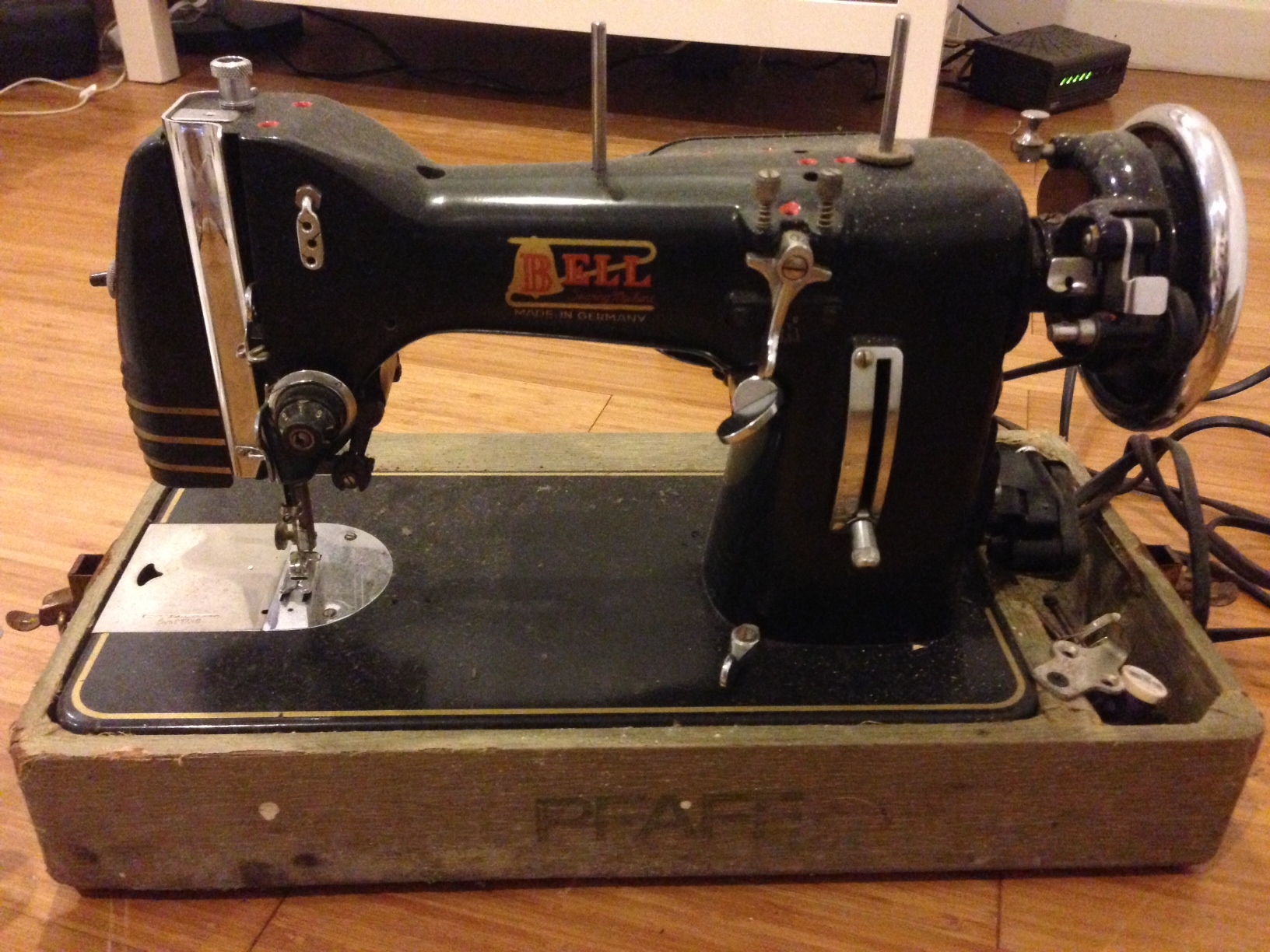 Name:  bell sewing machine.jpeg