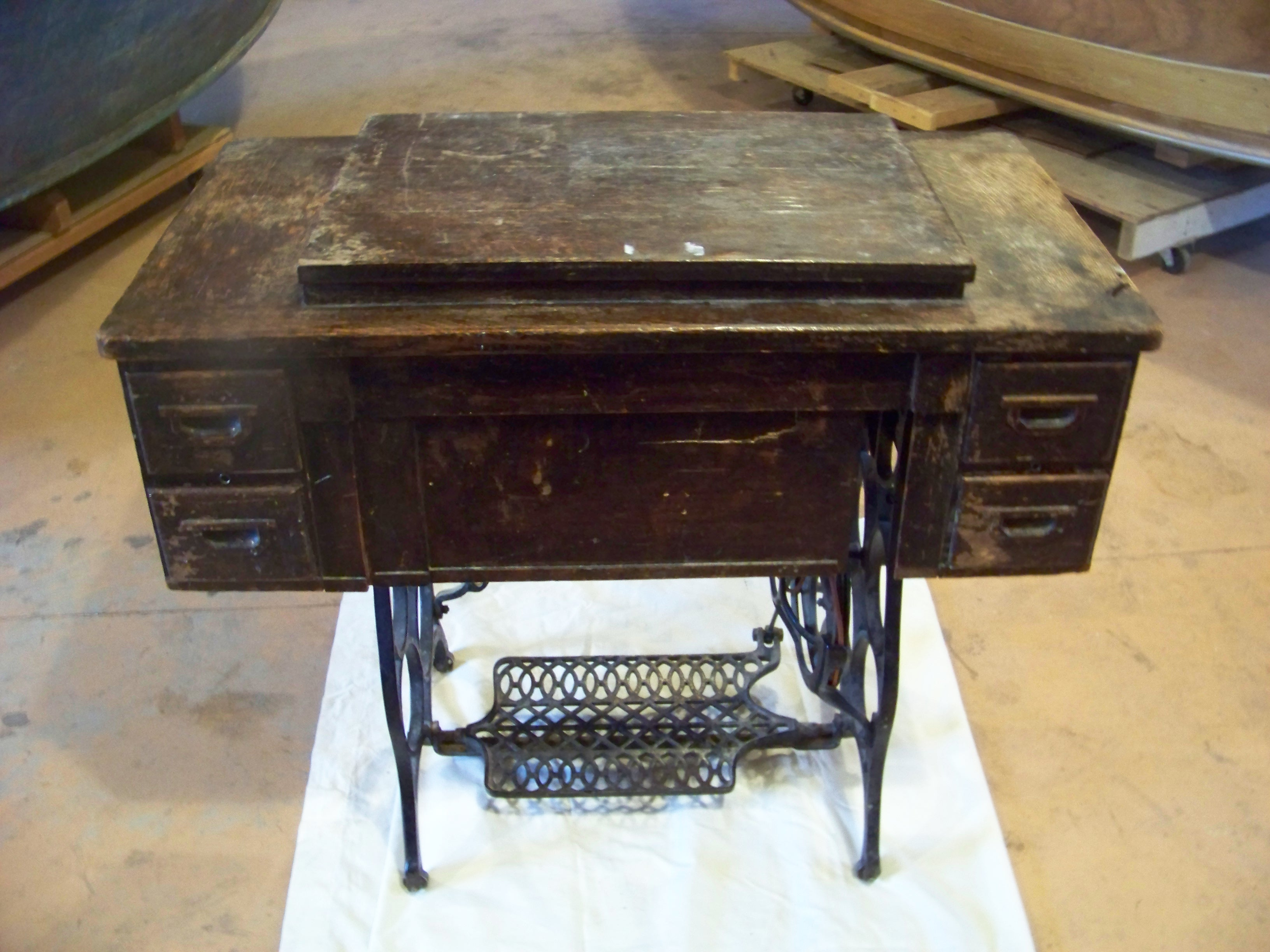 Name:  National Sewing Machine 016.JPG Views: 634 Size:  1.02 MB