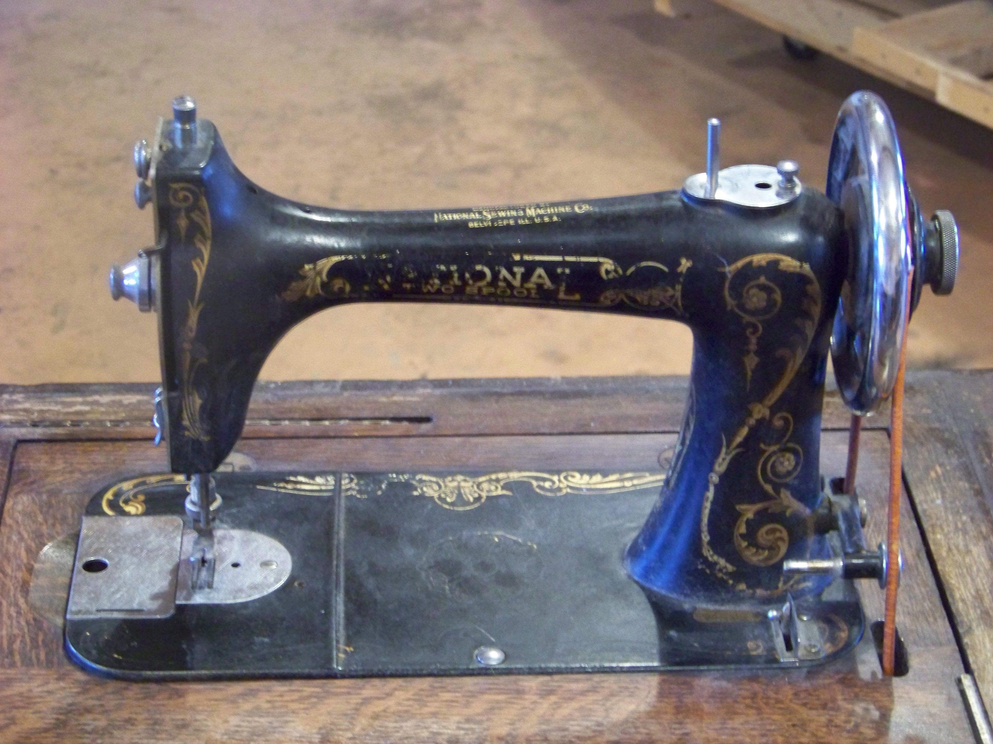 Name:  National Sewing Machine 024.JPG Views: 605 Size:  1.20 MB