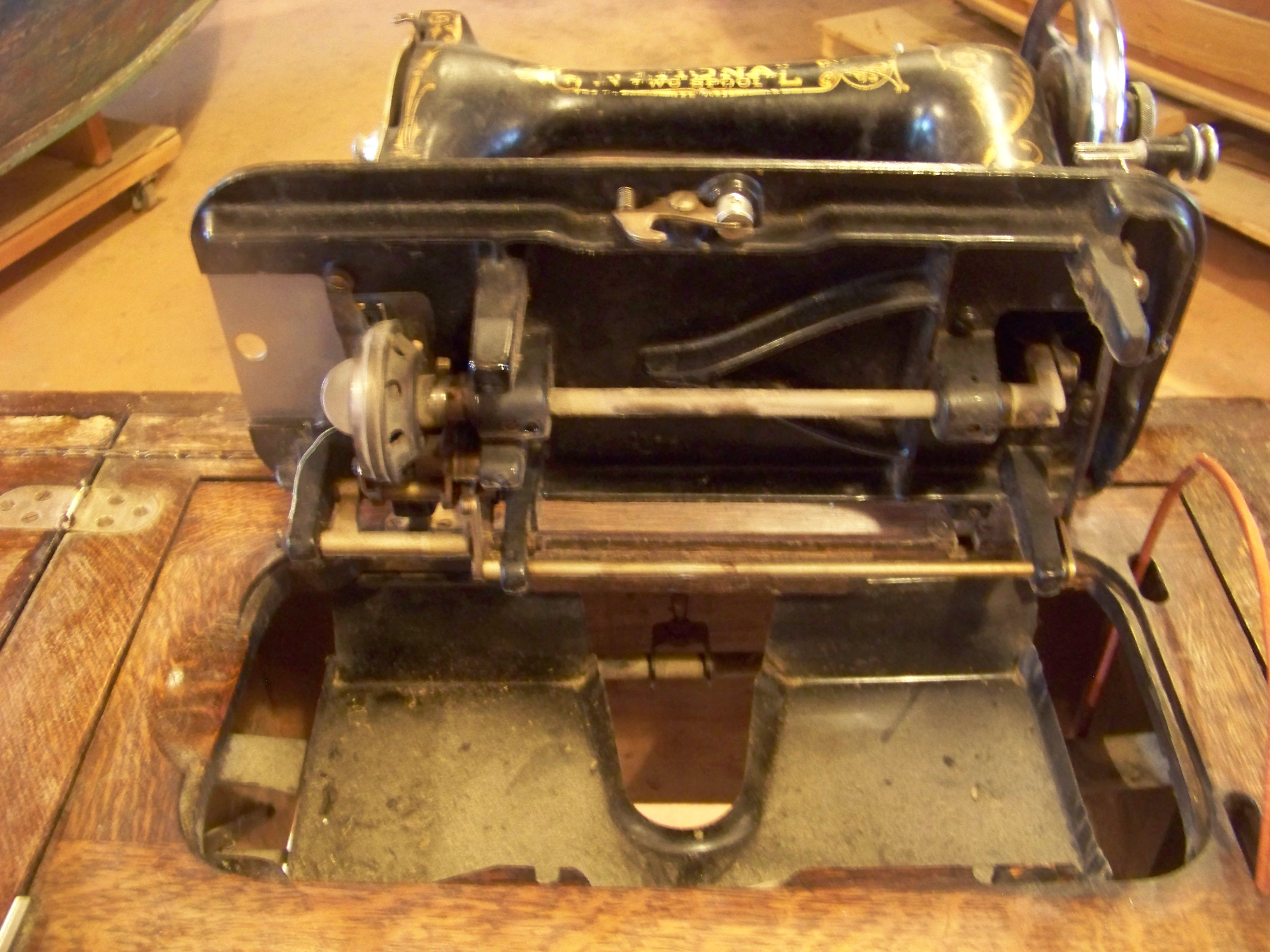 Name:  National Sewing Machine 003.JPG Views: 595 Size:  1.20 MB