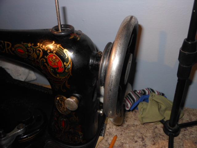 Name:  Singer 66 polished hand wheel 001.JPG Views: 328 Size:  128.9 KB