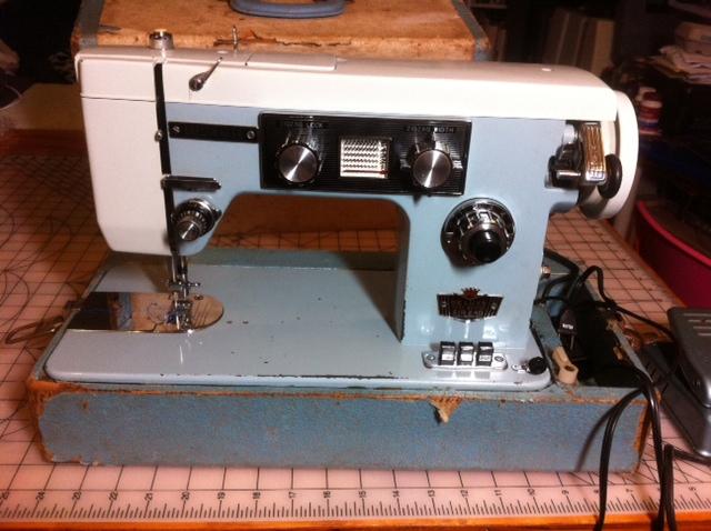 Dressmaker SWM40 Zigzag Does Not Work Enchanting How To Thread Dressmaker Sewing Machine