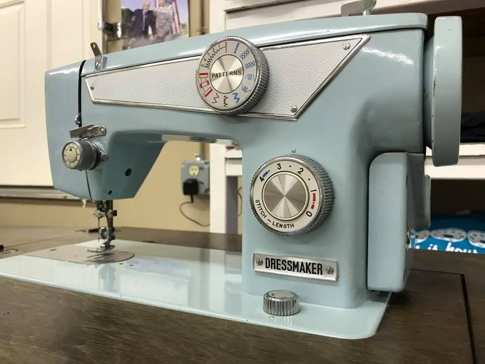 Name:  dressmaker sewing machine.jpg Views: 215 Size:  70.5 KB