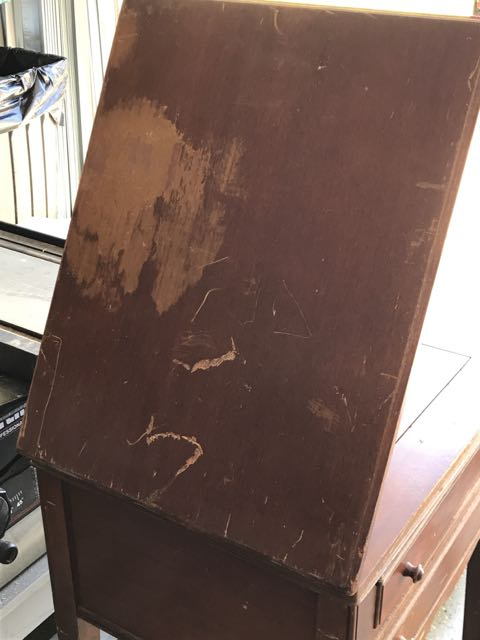 Name:  cabinet in need of refinishing.jpg