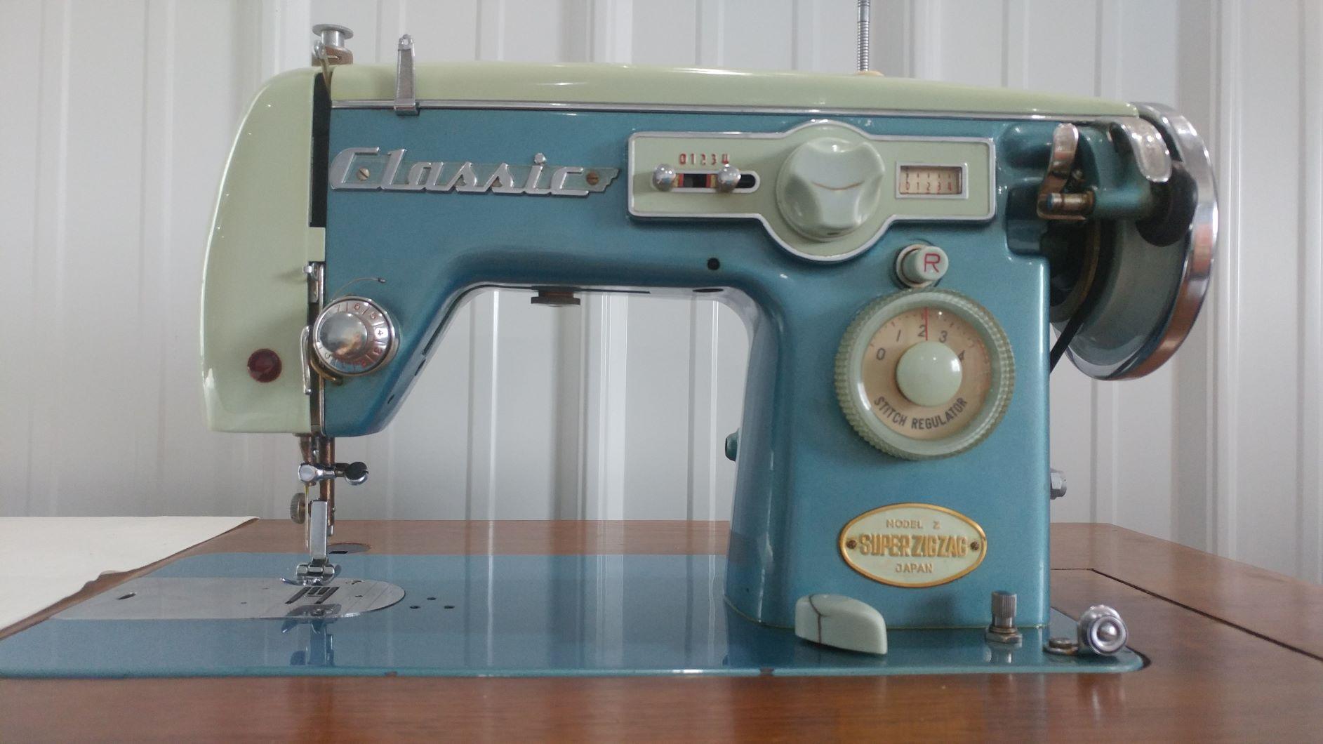 Name:  0403191151 copy of sewing machine.jpg Views: 216 Size:  164.8 KB